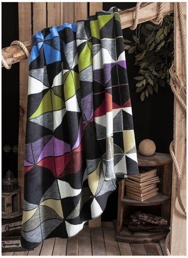 Sarev Battaniye Siyah